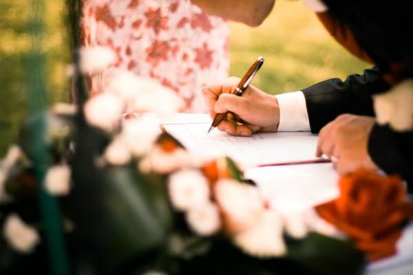 Cosa pensa la chiesa dei matrimoni civili?